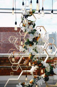 25 Edison Bulb Wedding Ideas For A Bit Of Edge Wedding Backdrops And Altars Rooftop Wedding, Wedding Stage, Wedding Themes, Wedding Designs, Wedding Venues, Wedding Decorations, Wedding Ideas, Wedding Backdrops, Wedding Hair