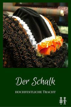Der Schalk ist ein festliches Trachtengewand der verheirateten Frau und Hochzeitsgewand. Der Schalkjanker ist das aufwendig hergestellte Oberteil. Folk Fashion, Ballet Costumes, Folk Costume, Eclectic Style, Traditional Dresses, Austria, Smocking, Germany, Pure Products
