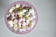 http://www.pienilintu.blogspot.fi/2014/05/pretty-in-pink.html