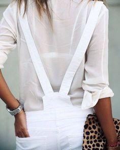 Rien de tel qu'une touche léopard pour twister un total #look blanc www.mode-and-deco.com
