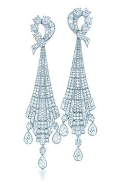 Art Deco drop earrings in platinum with diamonds - The Great Gatsby collection.PNG