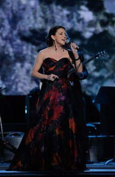 "Four-time CMA Female Vocalist of the Year Martina McBride performs ""Please Come Home for Christmas"" during 2011 ""CMA Country Christmas"" on ABC (12/1/11)."