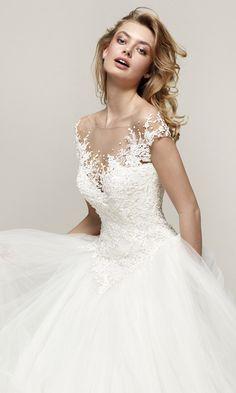 081c1b53b1e Drosel  Majestic and romantic princess wedding dress - Pronovias