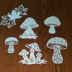 Вытынанки шаблоны трафареты снежинки Paper Art, Paper Crafts, Metal Wall Art Decor, Mosaic Projects, Garden Crafts, Art Techniques, Drawing Sketches, Paper Cutting, Painted Rocks