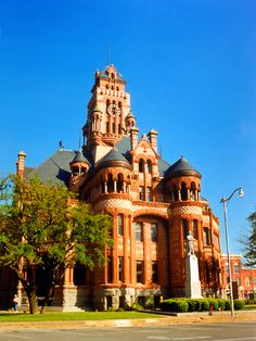 Ellis County Courthouse, Texas - taken by StevenM-61