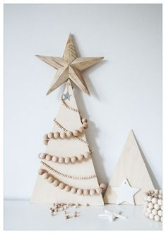 DIY- Design it yourself is all about DIY design projects. Welcome to my Diy world. Holiday Crafts For Kids, Crafts To Do, Wood Crafts, Christmas Crafts, Christmas Decorations, Christmas Room, Cozy Christmas, Christmas Trees, Cool Diy Projects