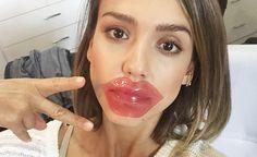Auch Hollywood-Star Jessica Alba ist ein großer Fan der Lippenmaske.