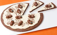 ScAERO Spider Brownie Pizza