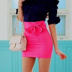 Pencil skirt & bow :) omg.