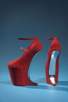Red suede shoes by Nina Ricci. From the collection of Daphne Guinness, to be featured in the exhibition Daphne Guinness. Photograph courtesy The Museum at FIT