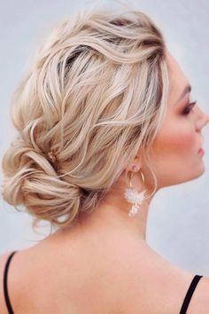 Low Bun For Wavy Blonde Hair ❤ Don't believe that you can get a stunning hair bun for short hair? See how many cool updos you can create! Your short locks are not an obstacle. #hairbunforshorthair #lovehairstyles #hair #hairstyles #haircuts