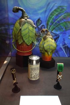 Blogger Alert: Hollywoodmoviecostumesandprops: Original Return to Oz movie props on display at Disney D23 Expo...