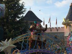 De Disneyland Parade met Knabbel en Babbel