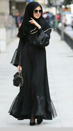 Dress modest casual lace Ideas for 2019 Source by Casual Dresses Islamic Fashion, Muslim Fashion, Modest Fashion, Fashion Outfits, Hijab Abaya, Hijab Dress, Modest Dresses, Nice Dresses, Casual Dresses