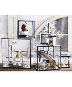 Jewelry Box Roost Antique Iron Mirror Boxes - These elegant vitrines are ideal for displaying jewelry. They have delicate antiqued iron edges, clear glass sides and mirrored bases that reflect light beautifully. Glass Display Box, Glass Boxes, Display Case, Display Boxes, Jewelry Store Design, Jewelry Stores, Jewelry Shop, Vitrine Design, Design Garage