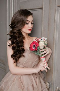 Dark brown hair color on long hair - wedding makeup without bridal veil