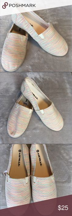 Nwt air walk slips ons women's shoes size 7 Nwt beautiful airwalk slips ons women's shoes size 7 new with 📦 ❤️I 📦 same day of payment confirmation ❤️ makes me offers ❤️ bundle discount 💯 quality 🔝🙌☺️ happy purchase!! Airwalk Shoes Espadrilles