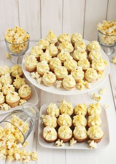 Buttered popcorn cupcakes (for Oscar night!!!)