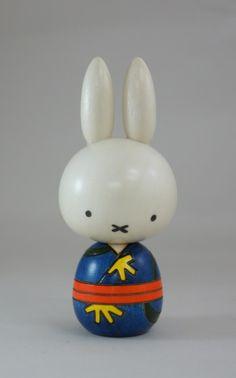 lil' rabbit (^⊆^)
