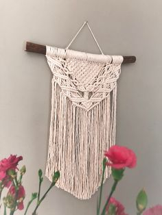 New Design Macrame Art, Wall Hangings, All Design, Dream Catcher, Arts And Crafts, Wall Art, Create, Spring, Pattern