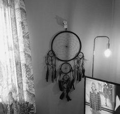 Så vacker drömfångare, 1 meter hög. Fr  gundashop.se Dream Catcher, Home Decor, Dekoration, Dreamcatchers, Decoration Home, Room Decor, Home Interior Design, Dream Catchers, Home Decoration