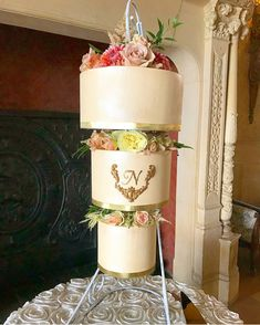 Make your event unforgettable using our patented hanging chandelier cake stand. Sturdy and easy to assemble, this cake stand is reusable. Chandelier Cake Stand, Hanging Chandelier, Cake Pictures, Make It Yourself, Wedding, Food, Valentines Day Weddings, Weddings, Eten