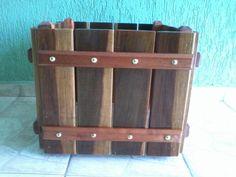 Como fazer vasos com restos de madeira