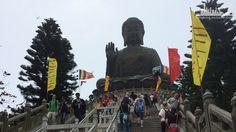 Самая Большая бронзовая статуя Будды под открытым небом.