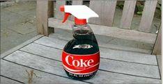 """Você bebe Coca-Cola?Uma delícia, não é?A Coca-Cola é o refrigerante mais vendido no mundo.E a segunda mais palavra mais falada no planeta, atrás de """"olá""""."""