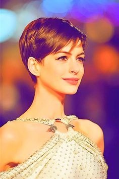 Anne Hathaway Pixie - one day I will be brave enough to cut my hair this short!