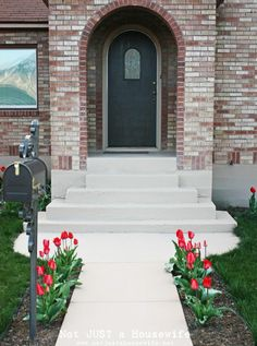 painting concrete steps and walkway--using Behr Concrete & Garage floor paint--use the primer first. Concrete Front Porch, Front Porch Steps, Front Stairs, Concrete Walkway, Small Front Porches, Front Walkway, Front Yard Landscaping, Porch Stairs, Garage Stairs