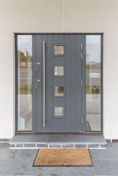 Home Inspiration Galerie Scandia Hus Fachwerkhäuser Front Door Steps, Grey Front Doors, Front Doors With Windows, Modern Front Door, House Front Door, Front Door Entrance, House With Porch, House Entrance, Grey Composite Front Door