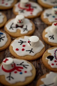 clever cookie decorating- melting snowmen !
