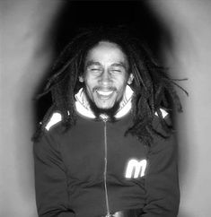 Most Beautiful People, Beautiful Men, Bob Marley Legend, Bob Marley Pictures, Marley Family, Reggae Style, Reggae Artists, Robert Nesta, Dorothy Dandridge