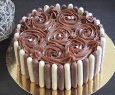 Entremet : bavarois chocolat blanc et praliné, glaçage nutella mascarpone