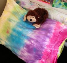 If your kid wants to take a personalized pillowcase to summer camp, or if they just love tie dye, this is the perfect project for them!