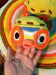 Crochet Pororo 3D hat.  Download free pattern : https://onedrive.live.com/?id=5E6F555E5F39D9F!563&cid=05e6f555e5f39d9f
