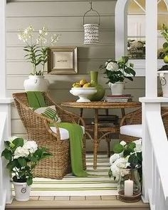 grass green and white...This just said Aprils sunroom