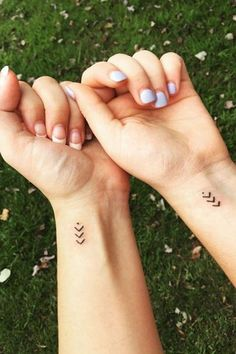 65 Epic Tattoo Designs For Women And Their Best Friends – Page 40 of 65 best friend tattoos; Friend Tattoos Small, Tiny Wrist Tattoos, Body Art Tattoos, New Tattoos, Small Tattoos, Tatoos, Tattoos For Friends, Best Friend Symbol Tattoo, Best Friend Symbols