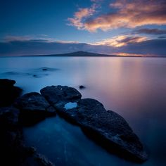 Sunrise looking towards Rangitoto Island, Auckland, NZ - Mike Hollman Photography New Zealand North, Auckland New Zealand, New Zealand Travel, The Beautiful Country, Beautiful World, Campervan Hire Australia, The Places Youll Go, Places To See, New Zealand Landscape