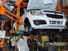 Canadauence TV: GM planeja demitir 1,5 mil trabalhadores na planta...