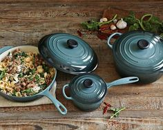 """LOVE this color """"ocean."""" Needs to be picked up by TJ Maxx...  I really want the dutch oven in this set!  (Okay, the whole set, I admit it!)"""