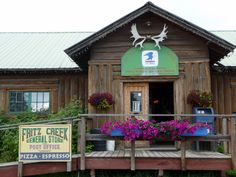 A surprising place for a terrific lunch at Fritz Creek General Store and Post Office near #Homer #Alaska http://www.travelingwiththejones.com/2011/09/05/5-delicious-places-to-eat-and-drink-in-homer-alaska/