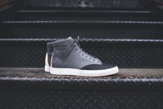 Thorocraft Porter - Gray Saffiano Leather / Raffia   Kith NYC