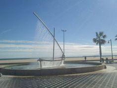 The spectacular Yacht fountain on the Valencia beach promenade