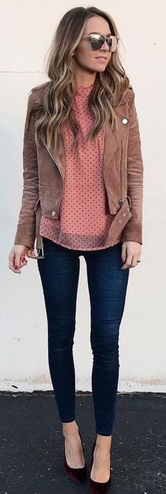 #Winter #Outfits / Brown Jacket - Red Heels
