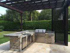 Outdoor Kitchens - Luxapatio