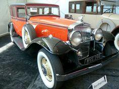 1933 Stutz DV-32 Sedan