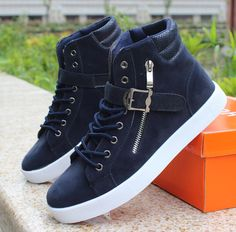 - Trendy high-top ankle strap sneakers for the modern man - Stylish ankle strap for style and support - Side zipper offers a unique look - Comfortable breathable upper - Made from PU - Rubber sole - Available in 3 colors
