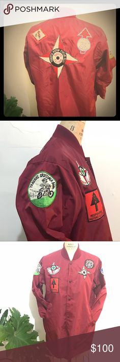 Vintage nylon moto biker jacket Japan Tokyo patch Nylon snap button jacket, made in Japan. Patches: Yokota motorcycle club, Yamaha patch, pacific international trials society, Daytona 7th annual tomoko enduro, central Florida trail riders, trail bike sportsmen assn, YMC safety inspector and responsible motorcyclists patch. All super cool and in great vintage condition. There are minor stains on the jacket, although I have not treated them, they add to the overall character of the jacket…
